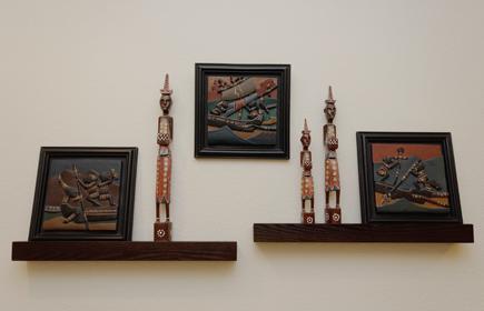 Lombok Figures